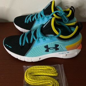 Under Armour Tennis Shoes UA HOVR™ Phantom/SE RNR